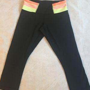 Lululemon Black Neon Crop Legging Size 8